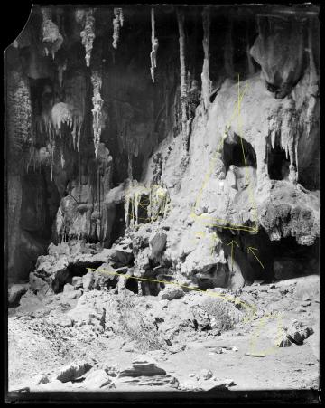 Diagram: a tourist became a stalactite in a cave (Chillagoe Caves, Chillagoe Queensland c.1900)